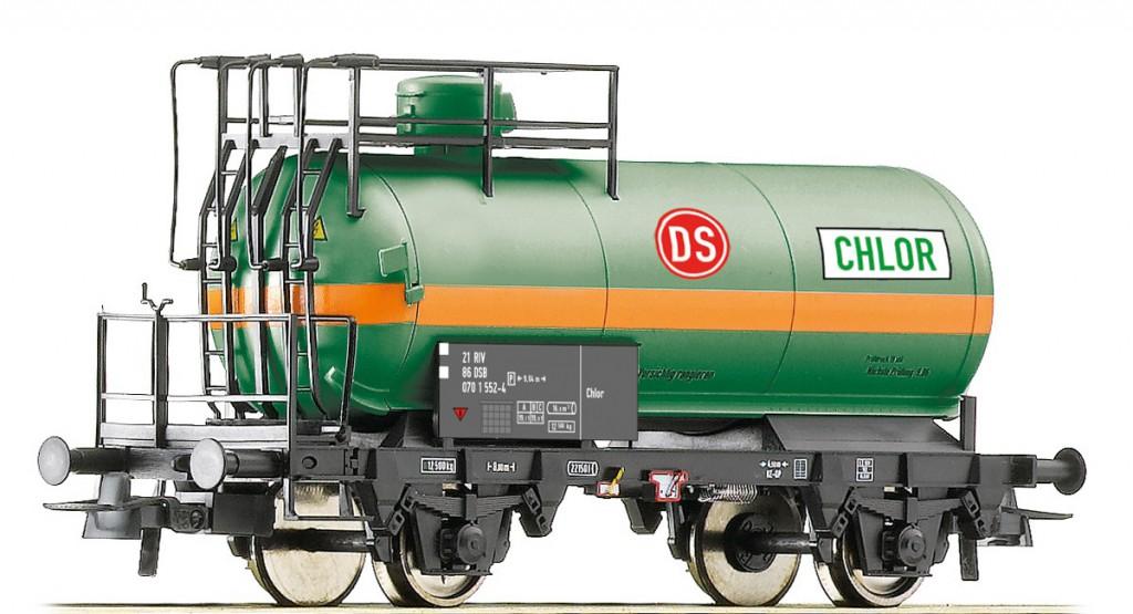 13 Den grønne DS-syretankvogn - ikke korrekt, men alligevel attraktiv og usædvanlig. Foto Roco